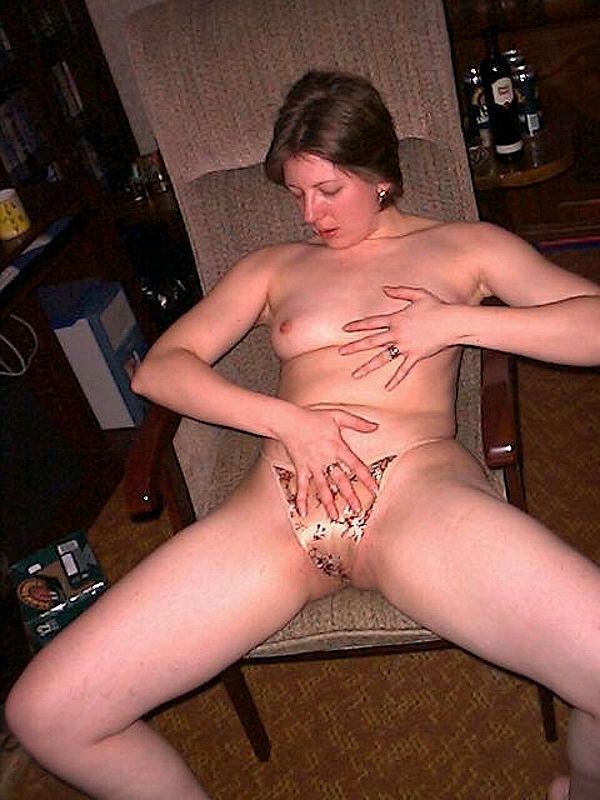 devchenki-foto-domashnee-porno