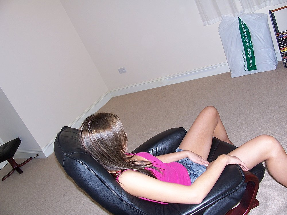 gals allthumbshost submitted 584 pic 9