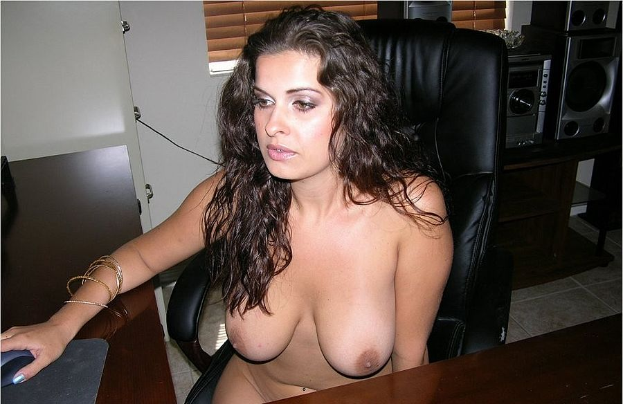 gals allthumbshost submitted 867 pic 9